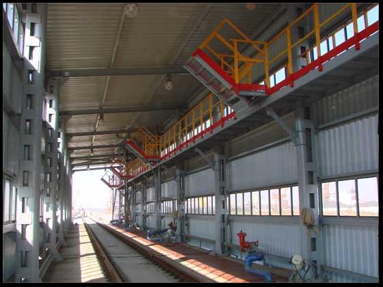 Комплекс по прийманню,  зберіганню та відвантаженню рослиної олії в м. Миколаєві. Зливно-наливна естакада  для залізничного транспорту