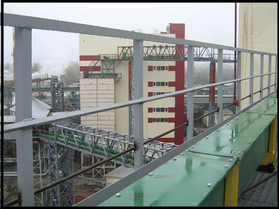 Олієекстракційний завод у м. Полтаві.Транспортні галереї