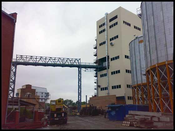 Олієекстракційний завод у м. Полтаві. Траспортна галерея та  цех грануляції шроту та лушпиння